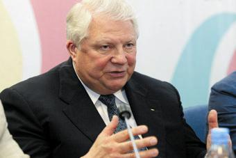 Вице-президент МОК Виталий Смирнов
