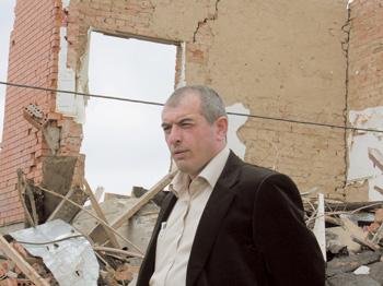 Начальник Назрановского ГОВДМовсарТамбиев на месте ликвидации СаидаБурятского, Ингушетия