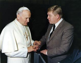 С римским папой Иоанном Павлом II. Рим, 1980 г.