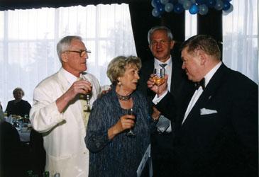 В.Г. Царев, В.Т. Яшина, Ю.М. Платонов поздравляют В.С. Сысоева с 60-летием. Москва, 2002 г.