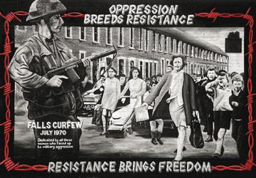 Знаменитое граффити «Художников Богсайда» в Дерри, где изображена Бернадетт Девлин, член парламента в Вестминстере, ставшая свидетельницей Кровавого воскресенья 1972 года и ударившая министра внутренних дел, когда он сказал в Палате общин, что солдаты стреляли в целях самообороны.